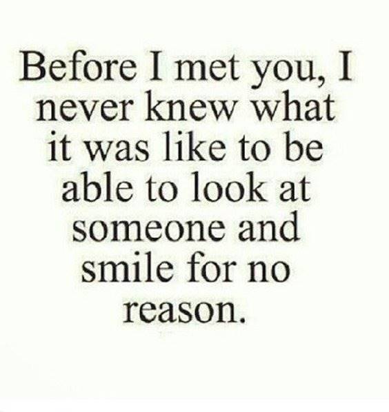 Relationship Quotes on smile for no reason